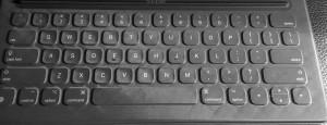 LÆR TOUCH: Å skrive uten å kunne se på tastaturet vil spare deg mange timer hver uke.